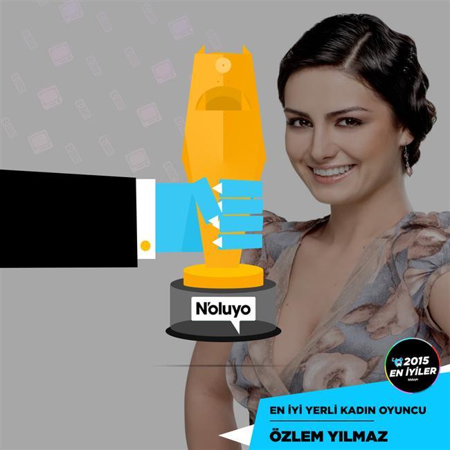 """2015'in En İyi Kadın Oyuncusu  Yaklaşık 1,5 milyon oy kullanılması ile anketlerin en çok ilgi gören kategorisinde Kara Ekmek'in Özlem Yılmaz'ı birinci oldu. Serenay Sarıkaya, Özge Özpirinçci, Tuba Büyüküstün gibi büyük isimleri geride bırakan Özlem Yılmaz, """"2015'in En İyileri"""" anketinin sürpriz isimlerinden biri oldu. Bu kategoride ikinciliği Özge Gürel, üçüncülüğü ise Bergüzar Korel aldı."""