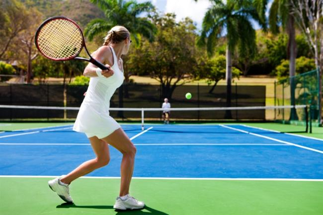 Tenis oynamak (Sahada ve teke tek)   30 dak 242 kalori