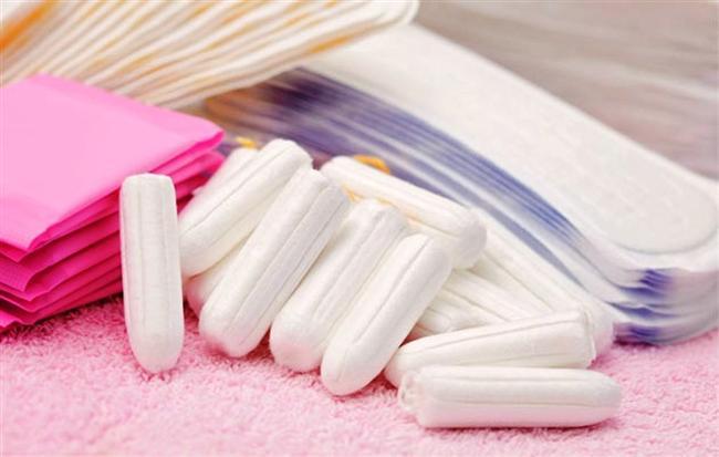 Kokulu Pedler  Adet döneminde kullanılan pedlerin kokulu olanlarını tercih etmeyin. Kullanılan bu deodorantlar vajinal enfeksiyonlara dolayısı ile daha kötü kokulara neden olur.