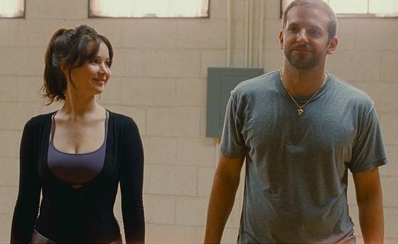 Jennifer Lawrence ve Bradley Cooper'ın birlikte 4 filmi var, her birinde de uyumlarıyla göz doldurduklarını söyleyebiliriz.