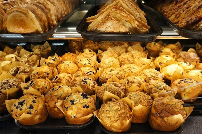 41- Özel günler haricinde de pasta, börek, hamur işleri ve özel yemekler hazırlamak  Diyete başlamak için gelmeyen yarınları beklemeyin  42- Misafire servis etmek üzere her zaman evde hazır ve yüksek kalorili besinler bulundurmak