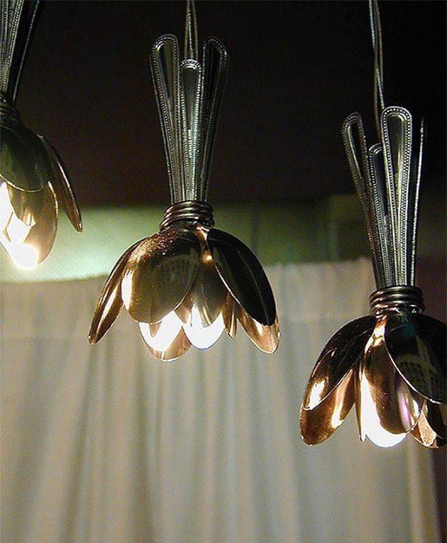 Gümüş kaşıklardan lamba
