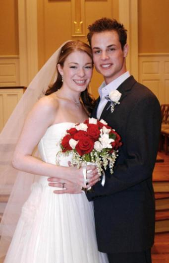 Rimes ile dansçısı Sheremet 2002 ile 2010 yılına kadar evli kaldılar. Rimes, sonra Eddie Cibrian'a aşık olunca bu evlilik sona erdi.