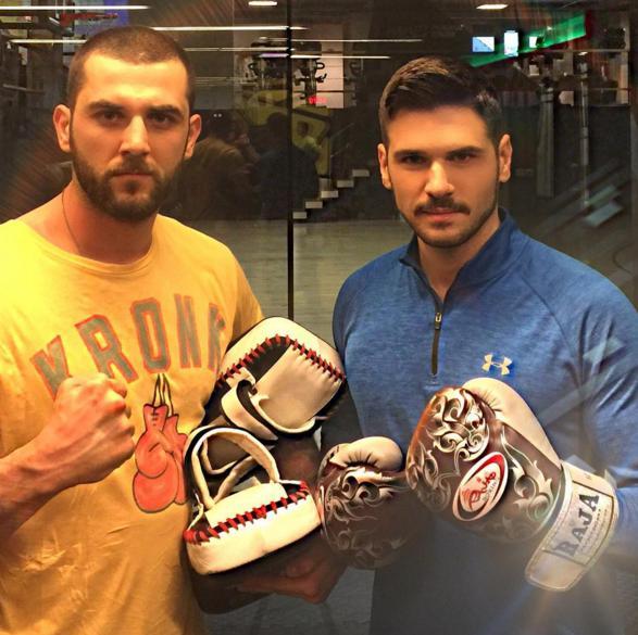Tolgahan Sayışman  Şampiyon Kickboxer , Muay Thai hocam ve yeni Survivor @ibrahimgiydirir ile tanıstırayım ...