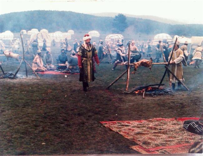 Kuruluş/Osmancık - IMDb 8.1  Tarık Buğra'nın Osmancık romanından uyarlanan Osmanlı dönemi dizisidir.