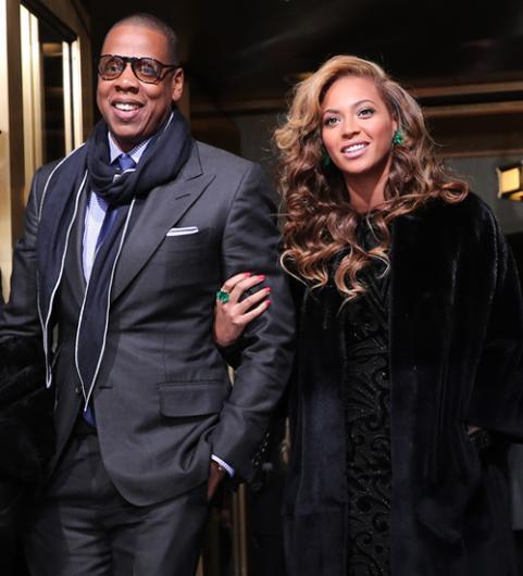 Beyonce ve Jay Z çifti de bir çocuklarıyla birlikte evliliklerini sürdürüyor.