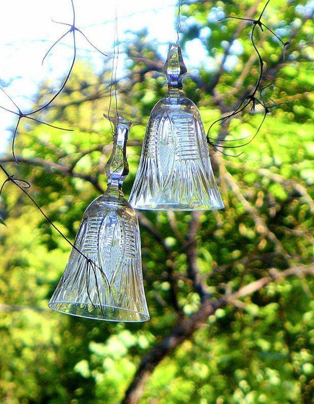 Peki bahçe partileri?  Bahçe partilerinde ağaçlara taktığınız minik ampullü kabloları bir kadehle birleştirmeye ne dersiniz? Ağaçlara yapacağınız hafif ışıklandırma, partinize hoş bir hava katacaktır.