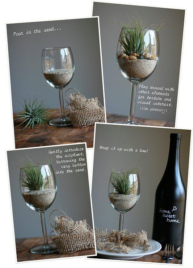Mutfağa girmiyorum ki derseniz...  O zaman kuru kum doldurup çok suyla hayatta kalabilen bitkilerle evin salonuna doğal bir hava katabilirsiniz.