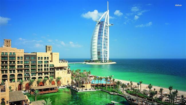 Dubai  Soğuk günlerin çaresi sıcak ülkeler... Dubai de onlardan biri... Dubai seyahati yaparak büyülü bir yolculuğa çıkabilirsiniz...