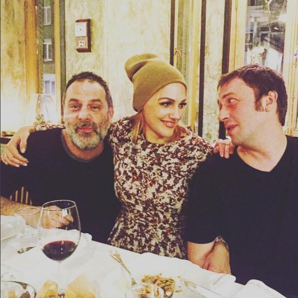 Meryem Uzerli  @ozan.guven and Okan Yalabik  #anneminyarasi AZ kaldi ... Great Dinner - Great Team ❤️