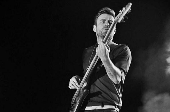 Murat Dalkılıç  Bass guitar orkestranın mütevazi kralıdır...