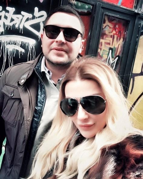 Özge Ulusoy  Karaköying👻 with my love❤️