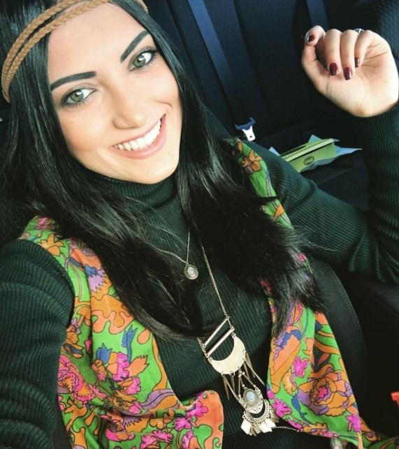 Zeynep Vuran  1993 doğumlu yarışmacının annesi Bulgaristan göçmeni, babası ise Tokatlı. Kendisi Bursa'da doğup büyüyen Zeynep Vuran, Trakya Üniversitesi Turizm mezunu.