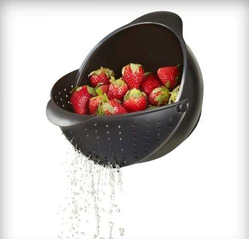 Yıkama ve Süzme Kabı  Meyve ve sebzelerinizi bu kase ile hem yıkayabilir, hem suyunu süzebilirsiniz.