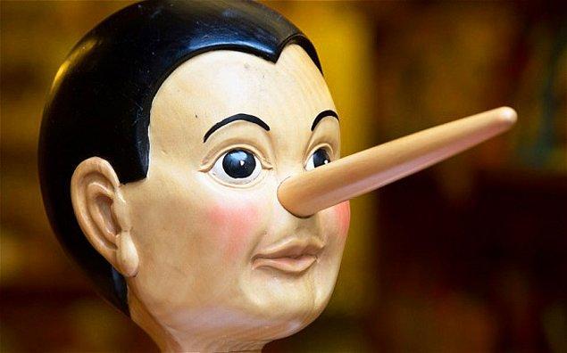 Yapılan deneyler, yalancıların yalanı tespit etmek konusunda daha başarılı olduğunu gösteriyor  College London Üniversitesi'nden Geoffrey Bird ve çalışma arkadaşları, deneklerin kendileri hakkında doğru ve yanlış beyanlarda bulunmalarını gerektiren bir oyun tasarlıyorlar. Deneklerden, birbirlerinin güvenilirliği ile ilgili yorum yapmaları istendiğinde, yalan söylemekte daha başarılı olanların başkalarının yalanlarını tespit etmekte de başarılı oldukları gözlemleniyor.