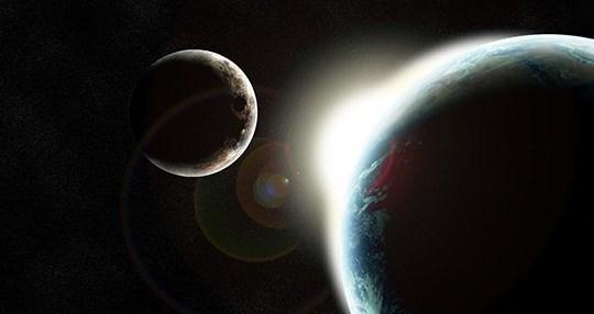 HİCRİ TAKVİM'DE ARTIK YIL   Hicri takvimlerde de, miladi takvimlerde olduğu gibi artık yıllar mevcuttur. 30 yılda yaklaşık 11 günlük bir gerileme yapmaktadırlar. Bu gerilemeyi düzeltmek için 30 yıllık dönemlerin 2, 5, 7, 10, 13, 15, 18, 21, 24, 26 ve 29 yılları 355 gün, diğer yıllar ise 354 gündür. Ay, dünya etrafında 12 defa döndüğü zaman bir kameri sene olur ve 354.367 gündür (354 gün 8 saat 48 dakika 34.68 saniyedir).