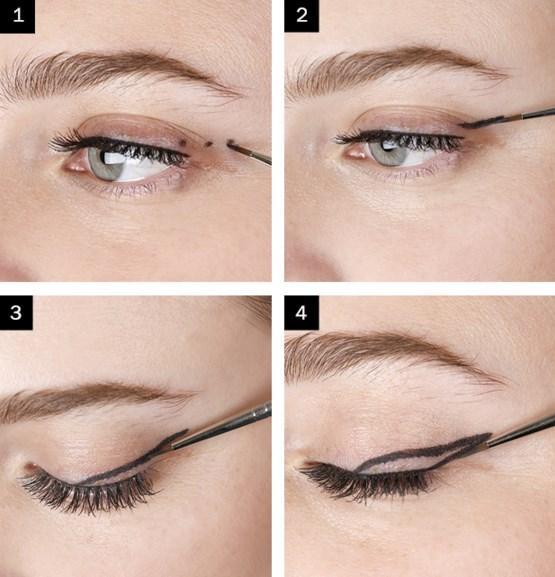 Iraksak Eyeliner Makyajı Nasıl Yapılır?  Adım 1: Öncelikle eyeliner çizginizi belileyecek 3 nokta koyun. Adım 2:Alttan ve üstten noktaları birleştirin.