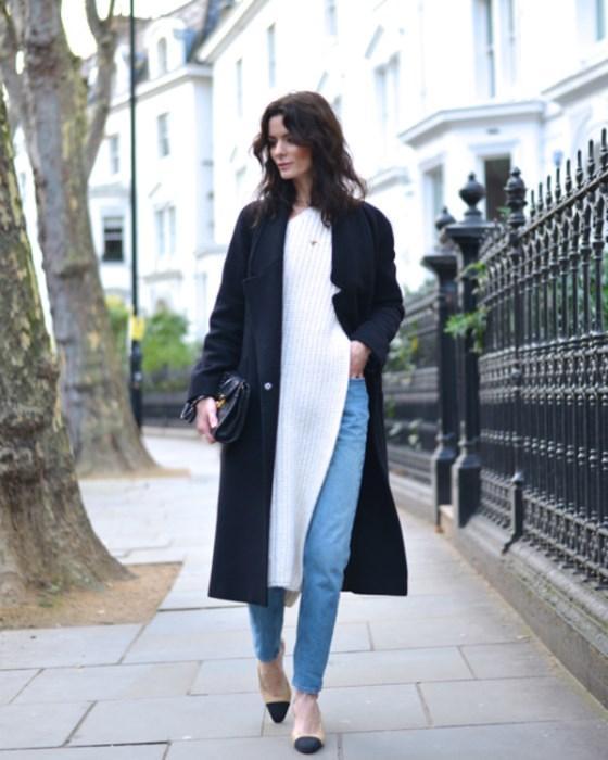 Ne kadar bol ve dökümlü o kadar şık mantığı uzunlukluğa bırakıyor kendini. Üst parçalar bu sezon boyunu aşıyor. Uzun kazak, sweatshirt, ceket ne buluyorsanız giyin ve tabii ki üzerinizden mom jean pantolonları aman sakın eksik etmeyin!