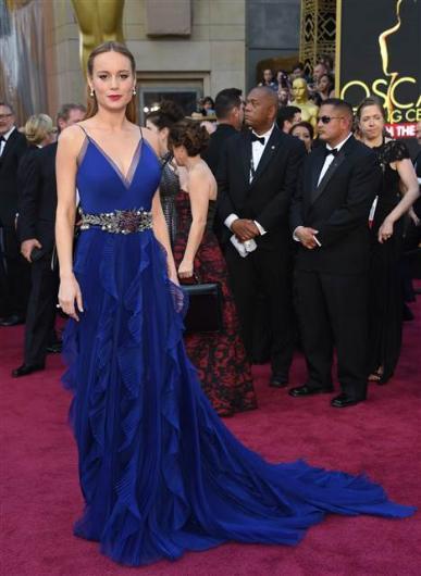 88. Oscar Töreni Kırmızı Halı Kıyafetleri - 22