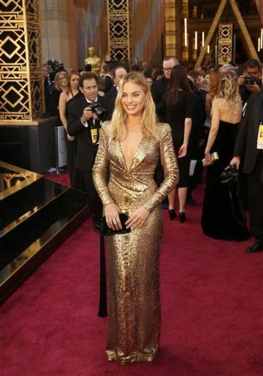 88. Oscar Töreni Kırmızı Halı Kıyafetleri - 14
