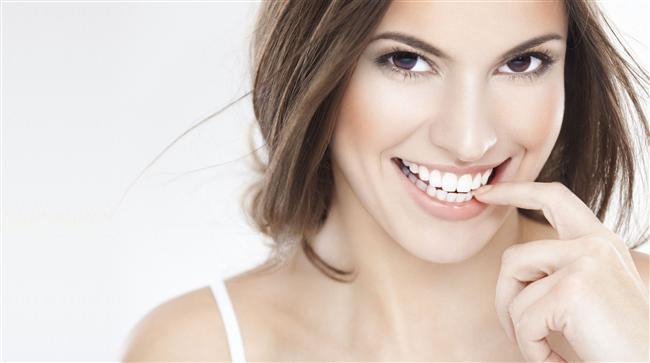 Doğal görünür mü?   Evet! Kozmetik dişhekimliğinde yetkin bir dişhekimi tarafından yapıldığında doğal görünür.