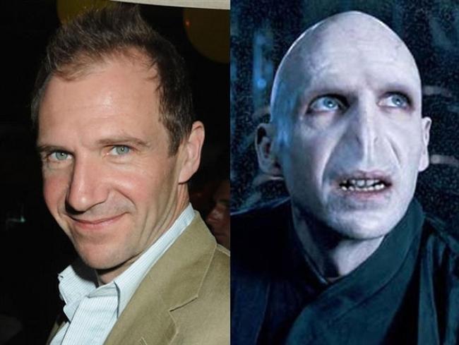 RALPH FIENNES  1987 yılında Britanya Ulusal Kraliyet Tiyatrosuna katılan usta oyuncu, Steven Spielberg in 1993 yılında yönettiği Schindler's List adlı filmde Amon Goeth karakterini canlandırmıştır ve en iyi yardımcı erkek oyuncu daldında Oscar a aday gösterilmiştir.