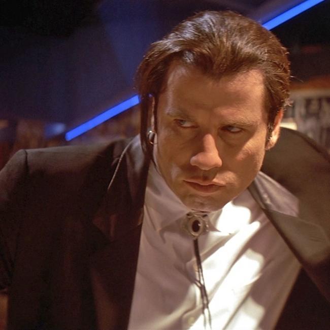 JOHN TRAVOLTA  Saturday Night Fever, Grease, Pulp Fiction, Face/Off gibi Holywood'un unutulmaz filmlerinde rol almış olan Amerika'lı aktör, dansçı ve müzisyen. İki kez Oscar'a aday gösterilmiş olan Travolta, Get Shorty filmi ile Altın Küre kazanmıştır.