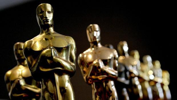 """""""Leonardo Di Caprio erdi muradına, onlar çıksın kerevetine..."""" 88. Oscar Ödülleri'ni kazanan isimler ve filmler dün gece açıklandı. Gözler bir kişinin üstündeydi... Yılların eskitemediği Leonardo, Oscar heykelciğine bu kez kavuştu. Altıncı kez aday olan aktör, The Revenant'taki (Diriliş) rolüyle Oscar'a uzandı. Uzun ve anlamlı bir konuşmayla içini döktü.  Peki ya diğerleri? Bakalım şimdiye kadar Oscar heykelciğini elde edememiş diğer aktör ve aktrisler kim..."""