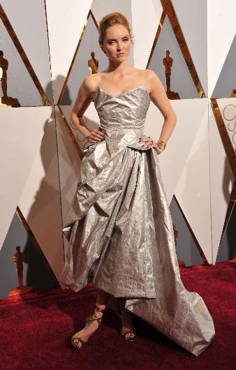 Oscar'ın En Kötü Kırmızı Halı Kıyafetleri - 5
