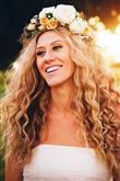 Kıvırcık Saçlılar İçin Düğün Saçı Modelleri - 1