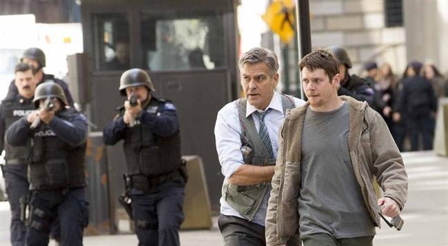 Para Canavarı (2016) Vizyon Tarihi: 27 Mayıs 2016  Lee Gates (George Clooney), Wall Street'de ün yapmış önemli bir finans programının şovmenidir. Fakat bir gün verdiği tüyolar yüzünden yatırımcılarından biri olan Kyle Budwell (Jack O'Connell) tarafından bütün TV kanalı ve yapımcı Patty Fenn (Julia Roberts) rehin alınır…