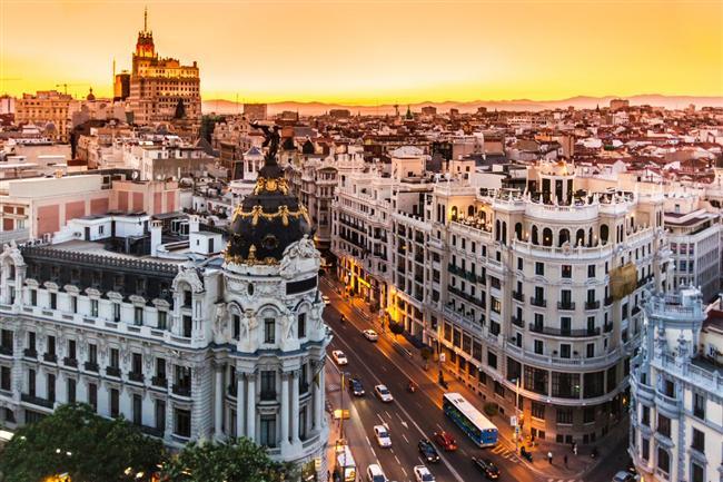 Kültür turu şeklinde rehber eşliğinde gezmek isteyenlere İtalya, İspanya ve havalar ısınmadan son şans Fas, Tunus turlarına katılın
