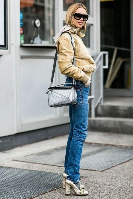 12- Kalın Topuk  Konfora düşkün moda bu sezonda da kalın topukla kolaya kaçıyor.