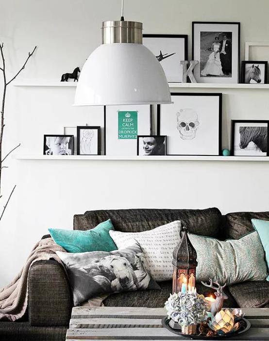 Kalabalık dekorasyonların favori rengi  Siyah ve beyazla bir arada kullanılan gri tonları, sıcak bir ortam da yaratabilir.