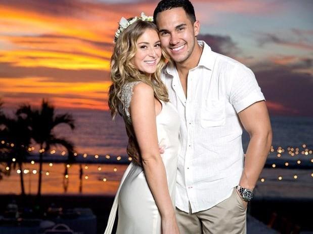 Alexa Vega oyuncu Carlos Pena ile evlendiğinde ona soyadını verdi.