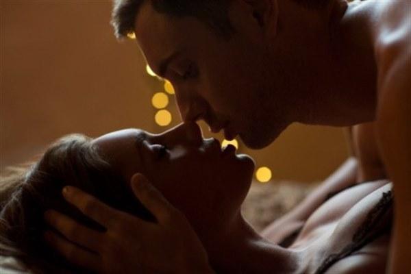 Seks sadece iki kişinin birleşmesi mi yoksa çok daha fazlası mı? Birçok insan için hayatın temel dürtülerinden biri olarak görülen seksin Hint kültüründe yeri çok farklı. Tantrik seksle tanışarak bu kültüre adım atmaya ve sekse başka bir açıdan bakmaya ne dersiniz?