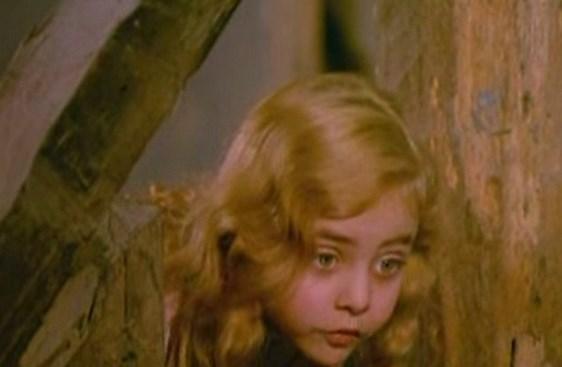 Minik Cadı   Tatlılığını asla yitirmemiş Çiçek Dilligil'in canlandırdığı karakterdir.
