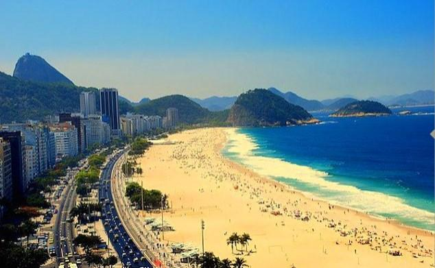 Rio de Janeiro'da güneşlenmeye kalkıştığınızda...