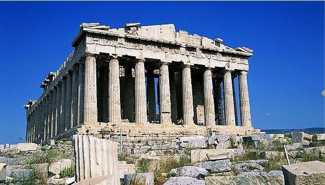 Hiçbir açıkgözlülük sizi kurtarmaz, Atina Akropolisi daima kalabalıktır.