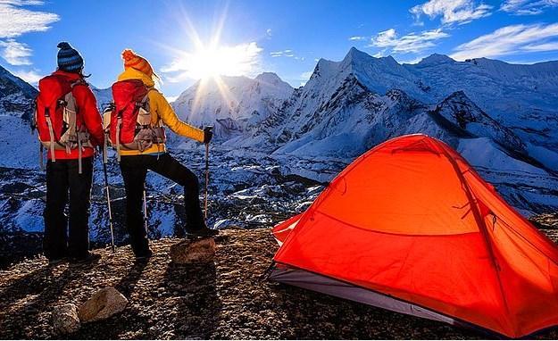 Himalayalar'da kamp yapmak çok farklı ve orijinal bir fikir gibi gelmiştir ama.