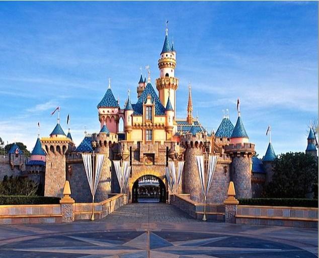 Disneyland'e iyi ki çocukken gitmemişsinizdir