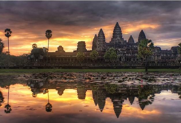 Kamboçya'ya gidip Angkor Wat Tapınaklar bölgesini keşfetmeye kalkıştığınızda...