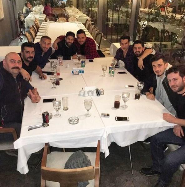 Celil Nalçalan  Büyük Beşiktaş'ımın, güzel çocukları... (Cemo'm da eş durumundan kartaldır bi bakıma;)) @olcay.sahan10 @cenktosun23 @ozyakup @necippuysall @aliil1 @cemcucenoglu