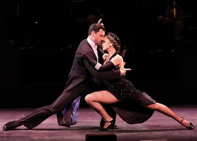 ÖĞRENİM  Birbirinizden bir şeyler öğrenin. En olmadı beraber bir şeyler öğrenin. O sizinle dalgıçlık kursuna geldiyse, siz de onunla iki ders de olsa tango kursuna gidiverin.