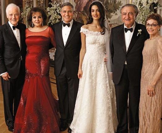 George Clooney aslında ilk evliliğini 28 yaşındayken yapmıştı. Sonra da bir daha evliliğin yanından bile geçmedi. Ta ki Amal Alamuddin ile tanışıncaya kadar.