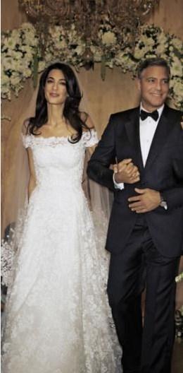 Ünlü aktör Alamuddin ile evlendiğinde 53 yaşındaydı.  Kaynak: Hürriyet & Kelebek
