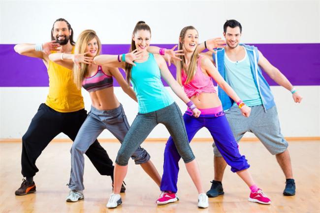 3. Olabildiğince faal olun. Düzenli fiziksel aktivite yapan bireylerin tekrar eden boyun ağrısı geliştirme olasılığı çok daha azdır.
