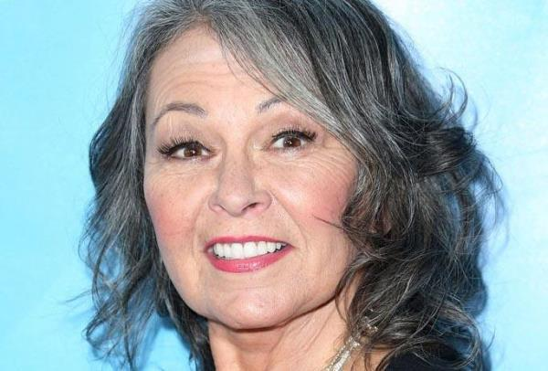 Roseanne Barr, daha güzel görünmek için bu yöntemi uyguladığını belirtti.