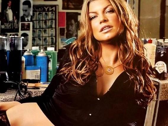 Fergie  Ünlü şarkıcı ilk cinsel deneyimini 18 yaşında yaşamış.
