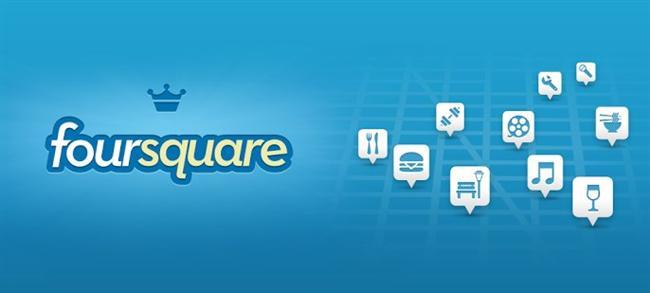 FourSquare: Eğer bütün düşüncelerinizi Facebok ve Twitter'dan paylaşmak zire yeterli gelmiyorsa, işte karşınızda korkunç sosyal paylaşım sitesi FourSquare. Nerede olduğunuzu söylemek yerine cep telefonunuzdaki GPS cihazını kullanıp adresi yayınlıyorsunuz. Mahallenizdeki Starbucks'a en çok giden insan olmanın ödüllendirildiği kendini beğenmişlik nesline katılmanın bir diğer aracı. 2009 yılında lansmanı yapılan FourSquare'in şu an bir milyon kullanıcısı var. Yakında 500 milyon kullanıcıya erişmesi planlanan Facebook'un yanında devede kulak kalır ancak bütün sosyal paylaşım sitelerinde olduğu gibi burada da rakamlar gün geçtikçe artıyor.